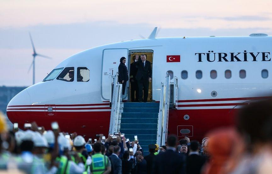3. havalimanına ilk kez Cumhurbaşkanı Erdoğan indi!