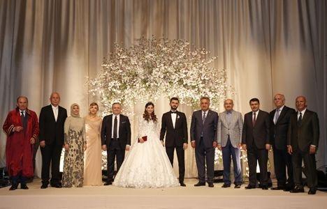 Aykut Dumankaya evlendi!