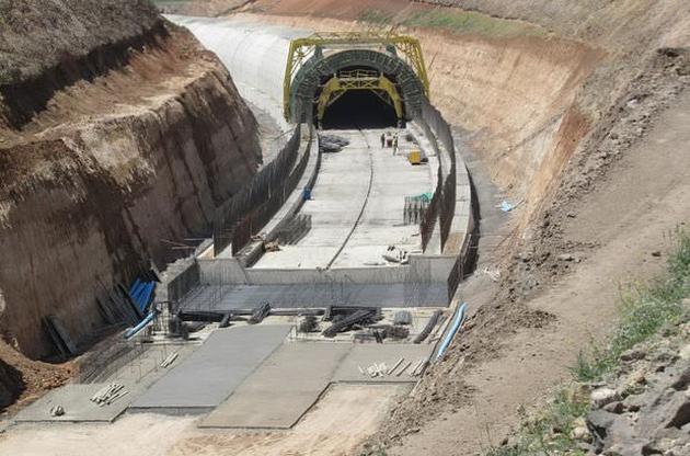 Bakü-Tiflis-Kars demiryolu projesinde test sürüşü yapıldı!