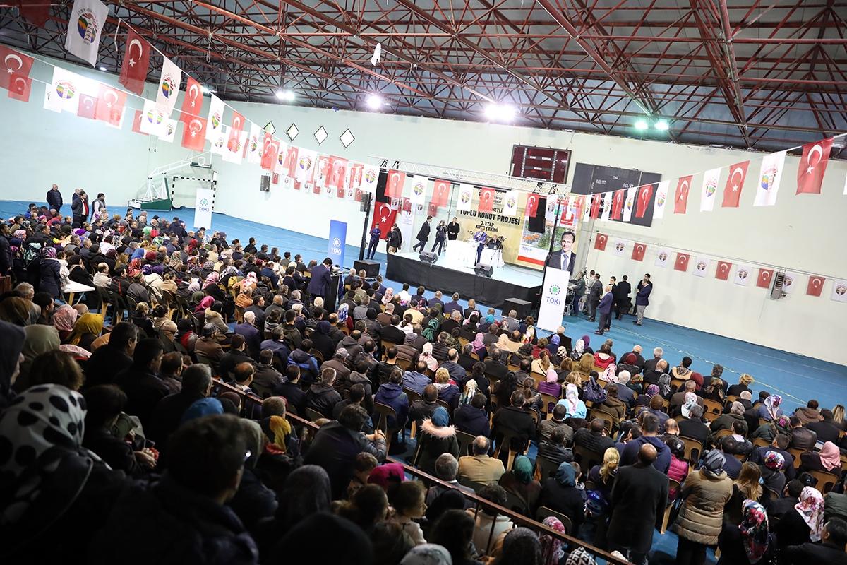 TOKİ Şile'de 103 konuta 882 başvuru yapıldı!