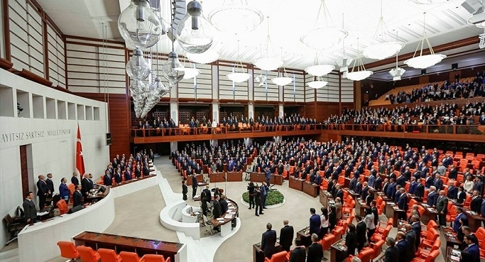 TOKİ'nin boş konutlarının yurda dönüştürülmesi hakkında kanun teklifi!