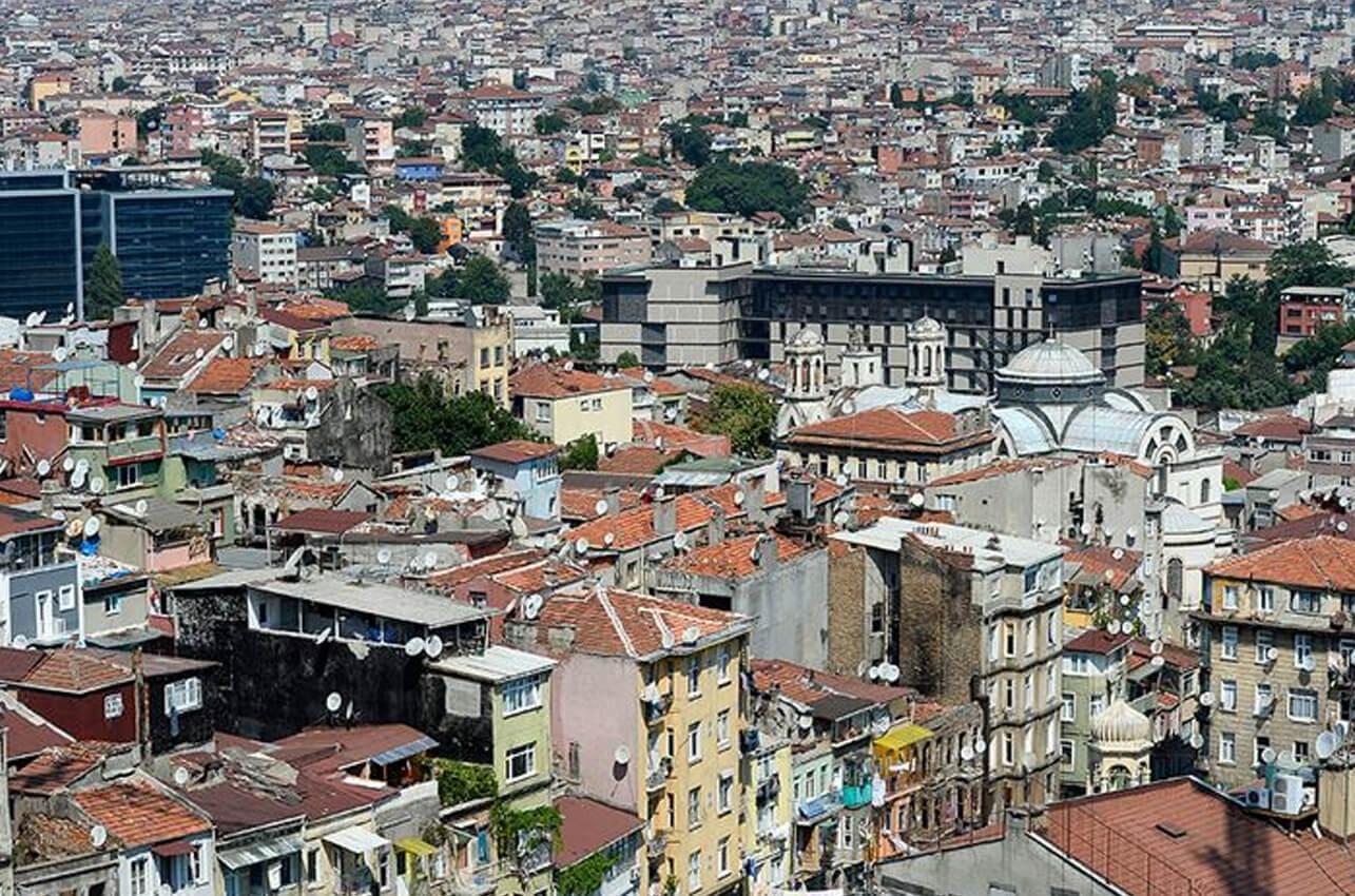 Türkiye'den konut alan yabancılar emlakçılara mı güveniyor referansa mı?