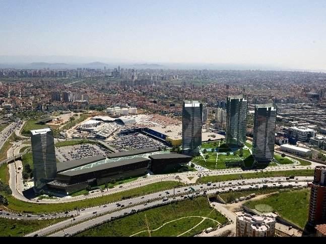 Ümraniye'nin kentsel dönüşüm ile yüzde 60'ı yenilendi!